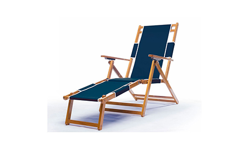 Heavy Duty Commercial Grade Oak Wood beach Chair.