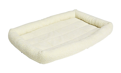 AmazonBasics Padded Heated Bed