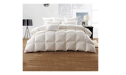 Snowman Comforter with 100 Percent Cotton Shell